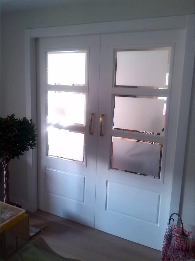 Foto puerta corredera doble vidriera de carpinter a hermanos campos 463424 habitissimo - Puerta corredera doble ...