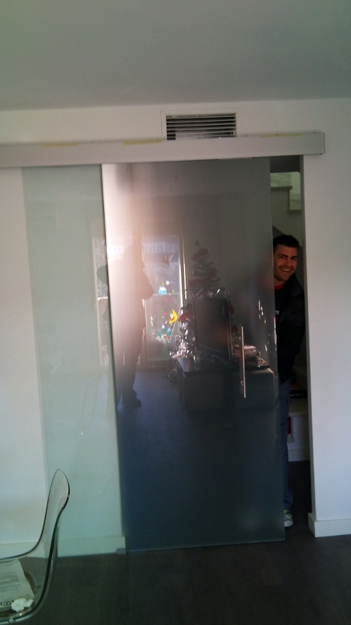 Puerta corredera salon puerta corredera saln saln puerta for Cristal puerta salon