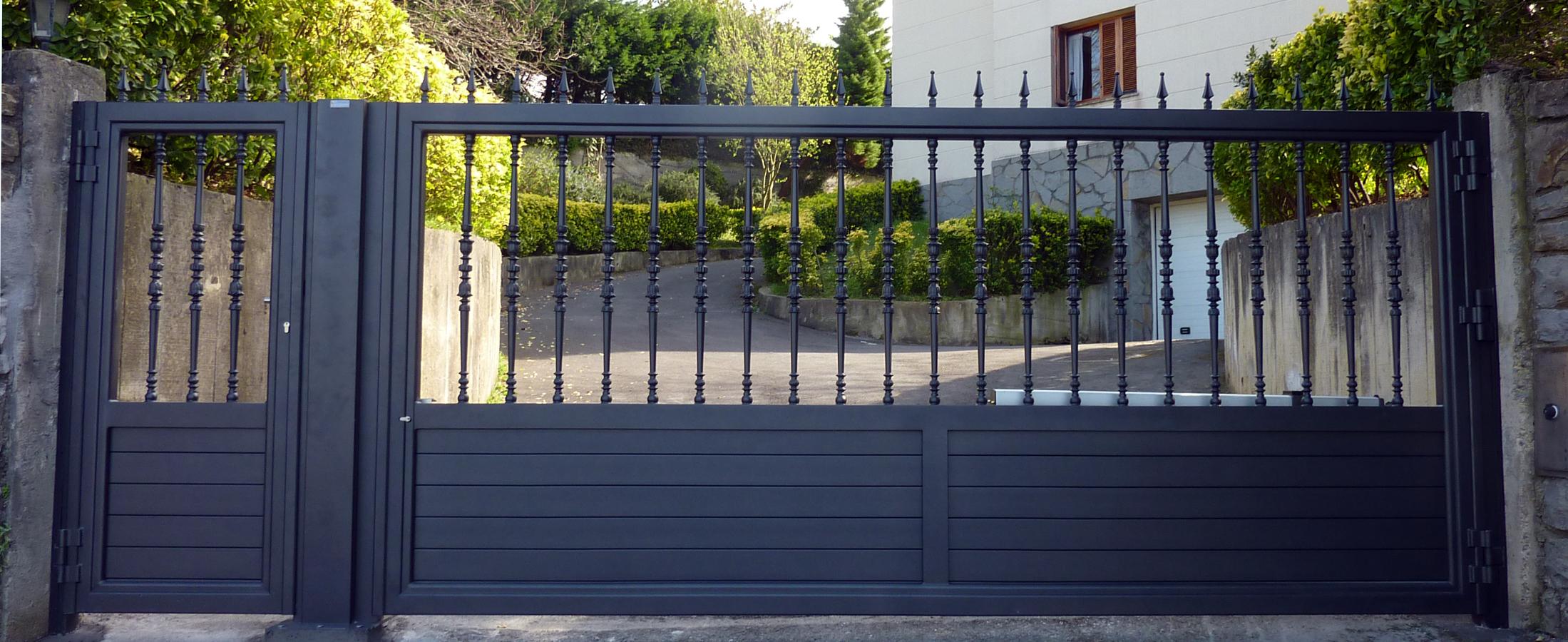 Foto puerta de corredera de aluminio soldado de montajes - Puerta corredera de aluminio ...
