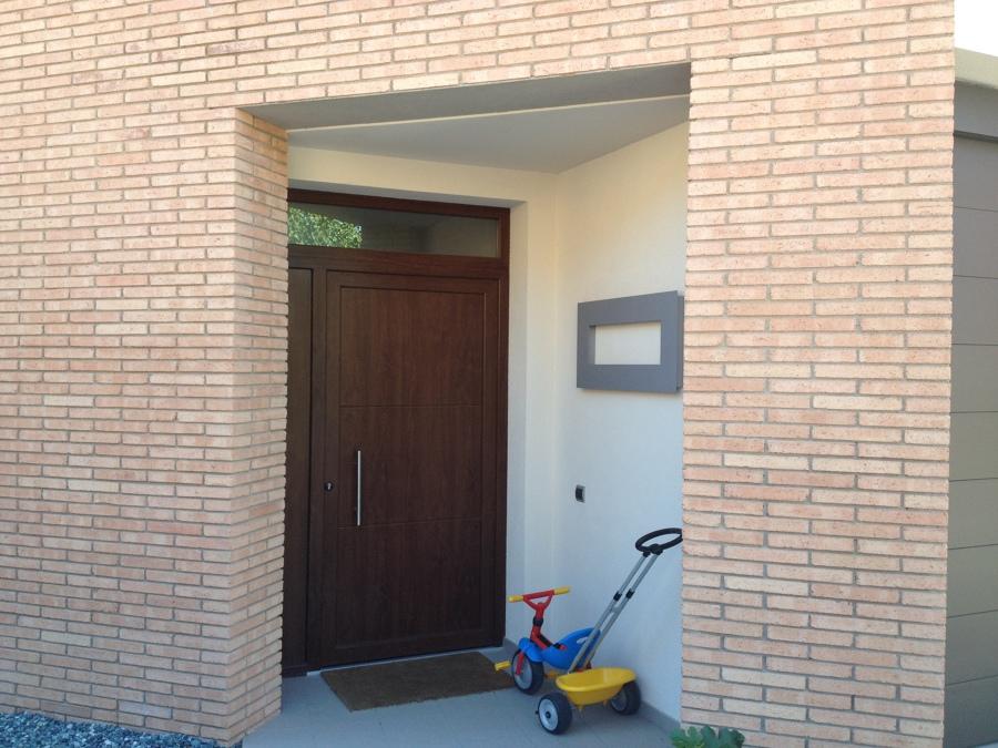 Foto puerta de entrada pvc porta d 39 entrada pvc de for Puertas de entrada de pvc