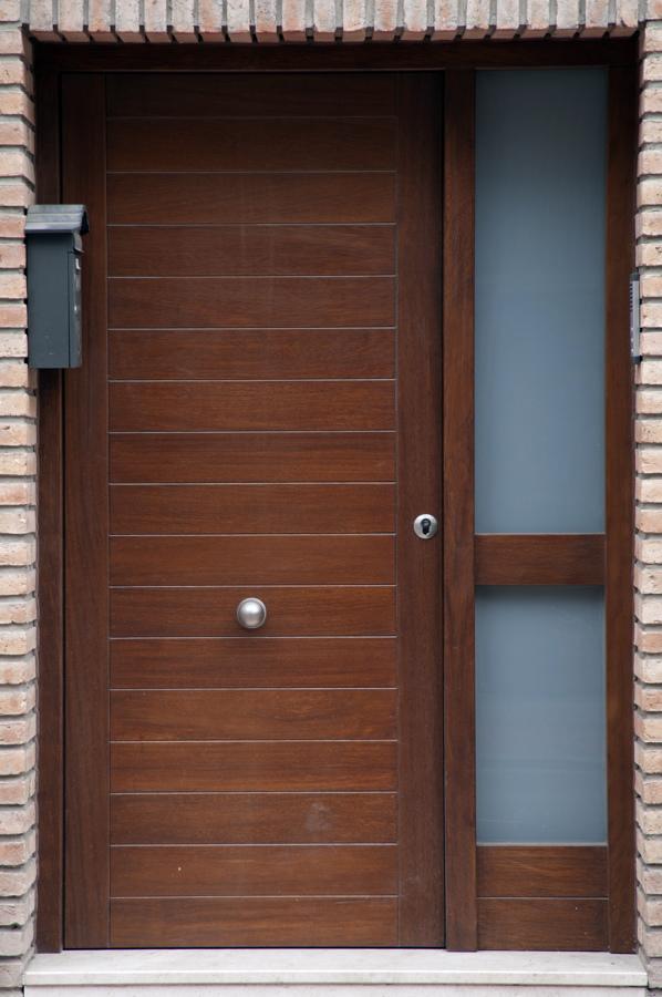 Foto puerta de exterior de carpinter a jos rutia s l - Puertas exterior malaga ...