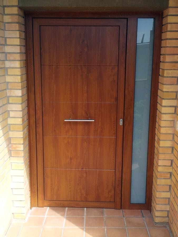 Foto puerta de madera imitaci n roble de estil 2 0 - Puertas de aluminio imitacion madera ...
