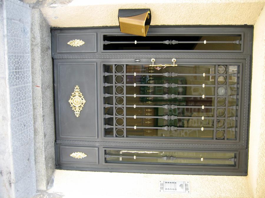 puerta forja2.JPG