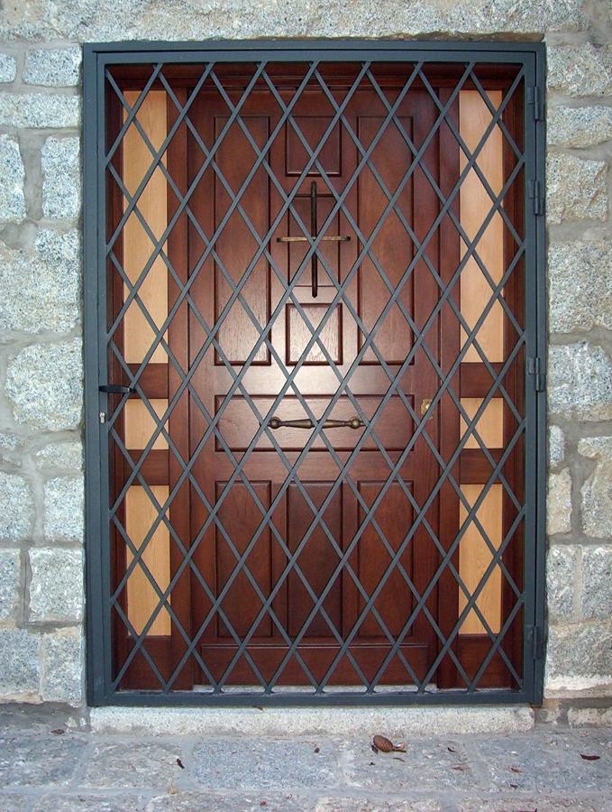 Puerta de rejas de malla ventana t puertas de rejas - Puertas de reja ...
