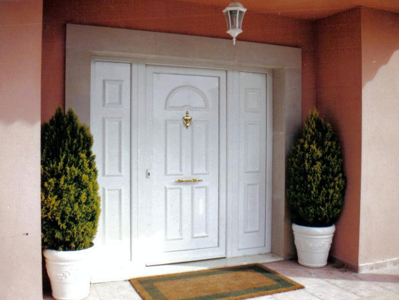 Foto puerta entrada pvc sch co de alumihogar 257758 - Puertas de entrada de pvc precios ...