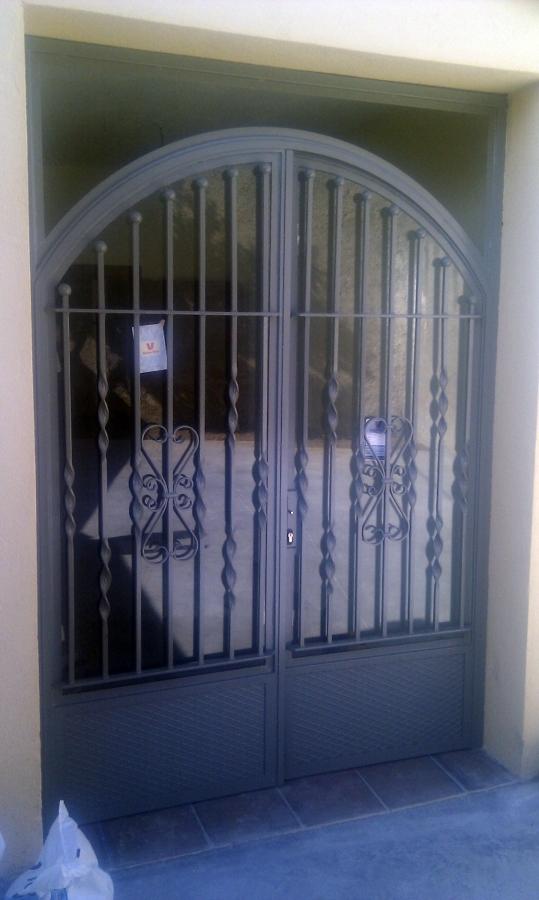 Puerta forja 2 hojas