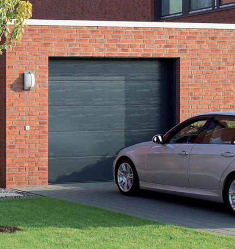 Foto puerta garaje de caton s l u 202501 habitissimo for Puerta garaje metalica