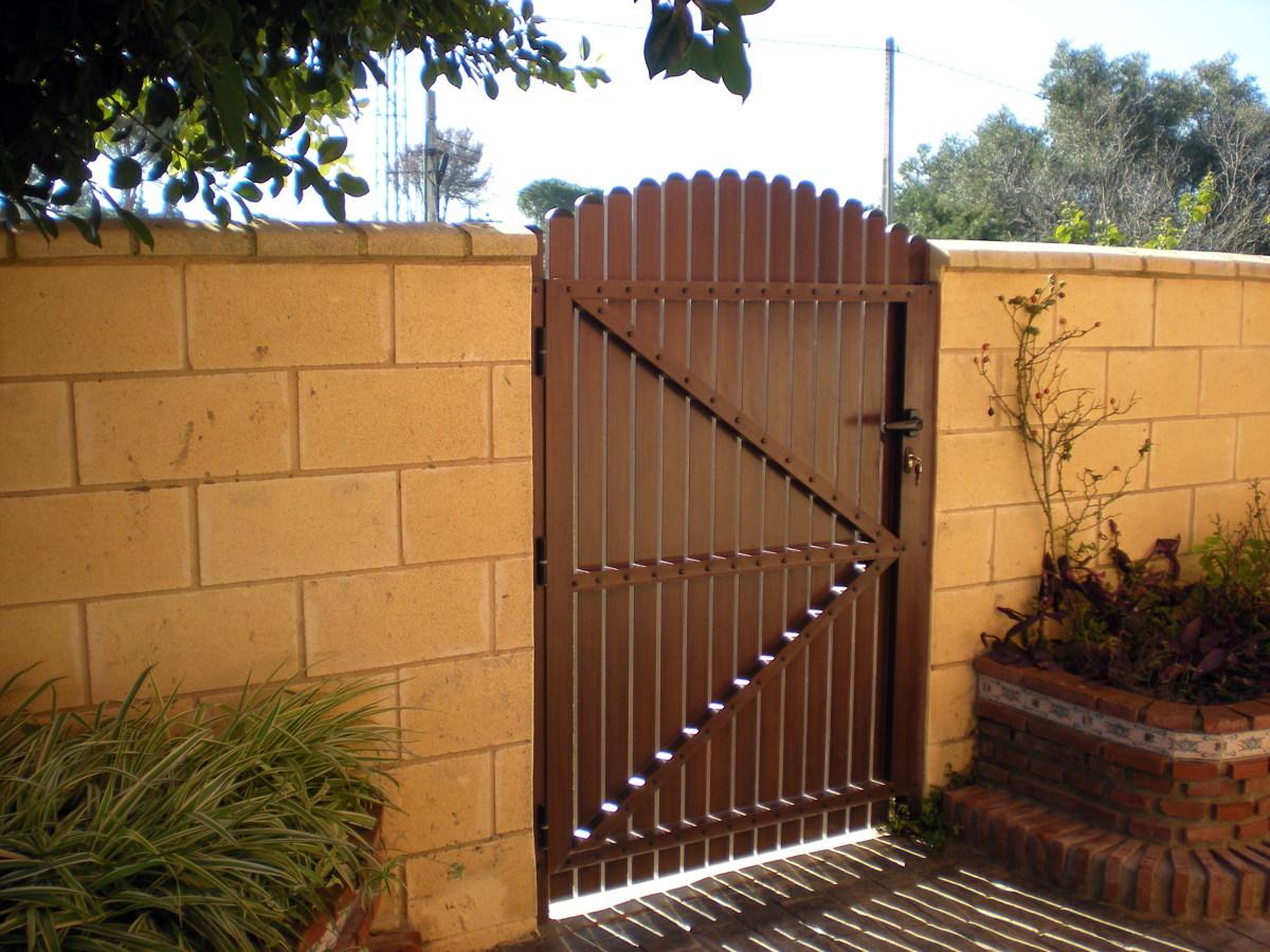 puerta de madera para jardin dise os arquitect nicos