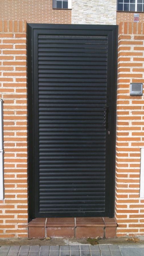 Puerta peatonal (2).jpg