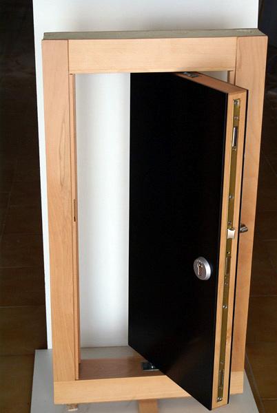 Foto puerta pivotante acorazada de neofusta 224656 habitissimo - Puerta acorazada madrid ...