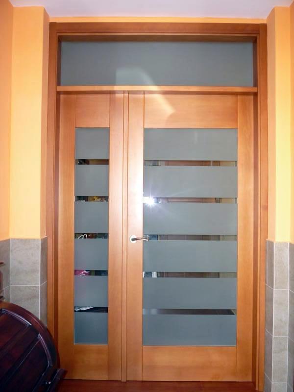 Foto puerta principal de vivienda de dopema 2005 sl - Puertas para viviendas ...