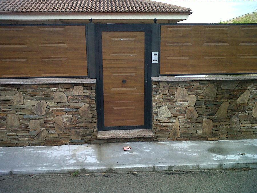 Puerta y vallas de panel cuarterón