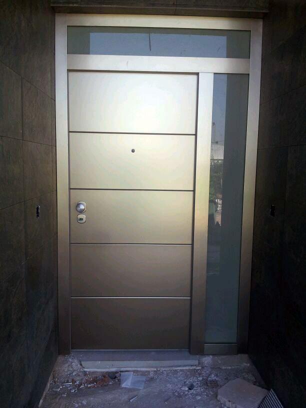 Foto puertas acorazadas a d l de puertas de seguridad - Puertas exterior malaga ...