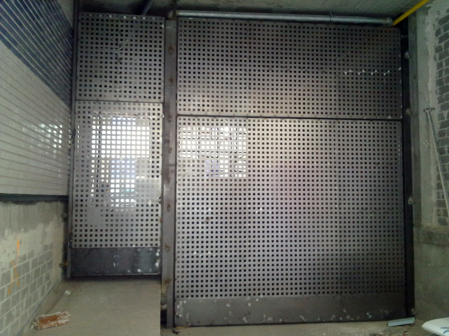 Foto puertas de garaje de metalicas anugar s c 154219 for Puerta garaje metalica