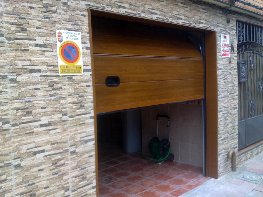 Foto puertas de garaje de metalicas anugar s c 154220 - Puertas de garaje murcia ...
