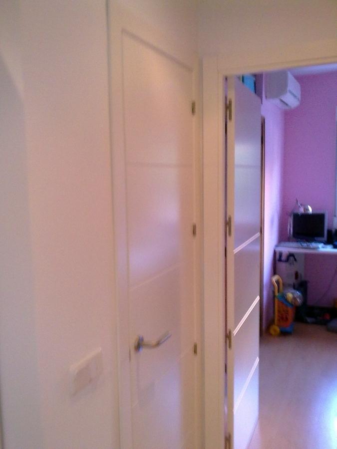 Foto puertas de paso ciegas con entrecalles lacadas en - Puertas lacadas en blanco opiniones ...