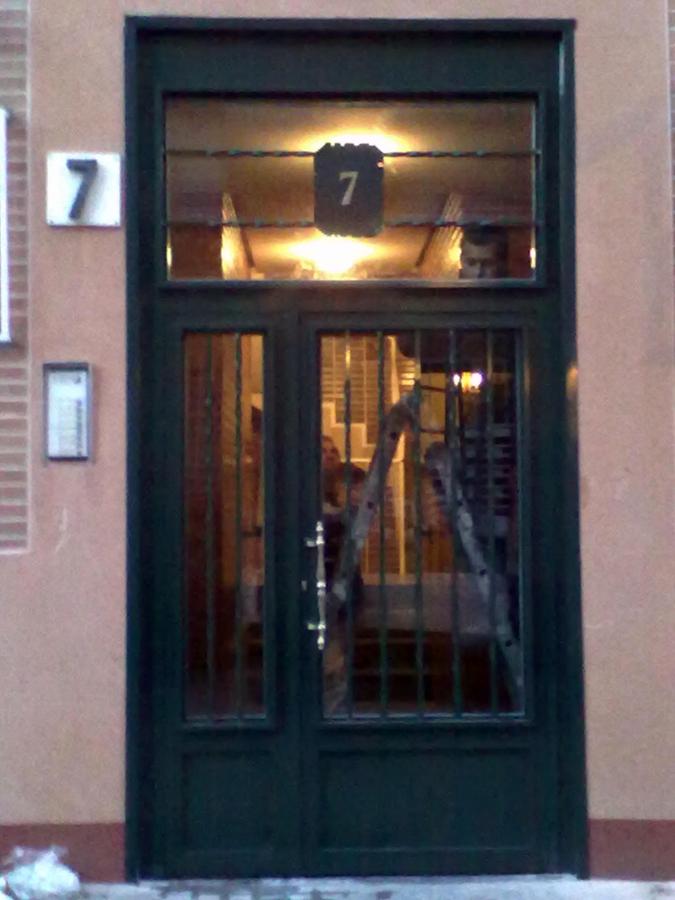 puertas de portal en hierro