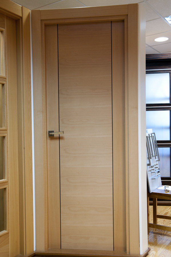 Foto puertas interiores de carpinter a jos rutia s l 183628 habitissimo - Puertas interior asturias ...