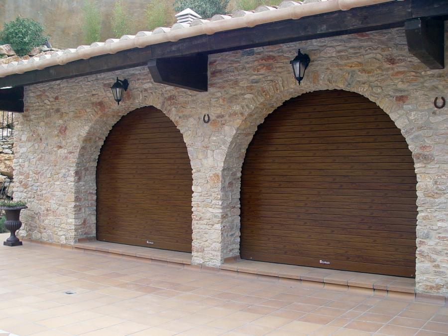 Foto puertas lacado madera de collbaix 341032 habitissimo - Lacado de madera ...