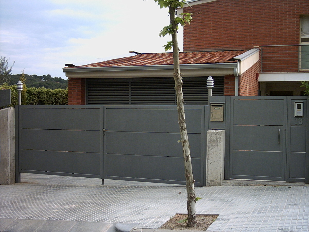 Foto puertas valla bandejas de cerrajer a tague 325517 - Puertas de valla ...