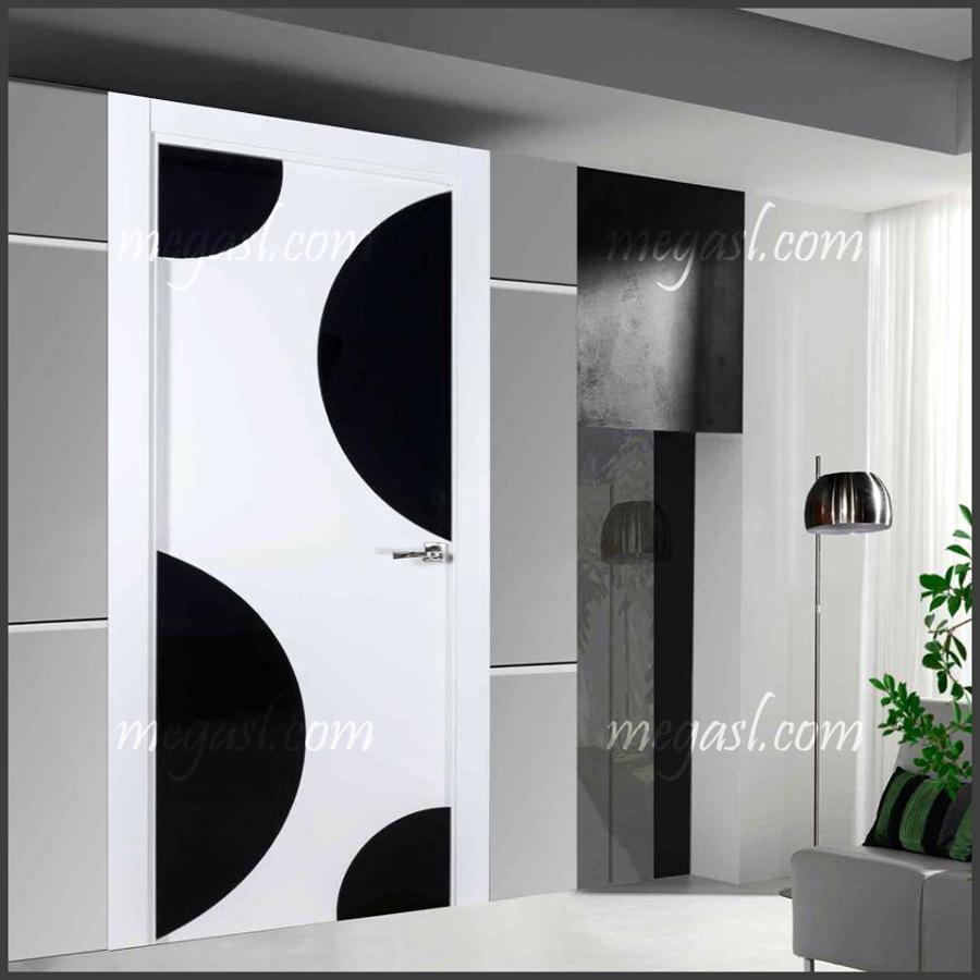 Foto puertas y armarios lacados 1 2 de mega s l 698830 for Puertas y armarios