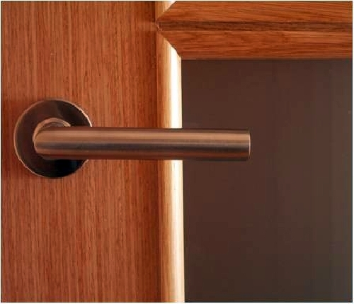 Puertas y armarios.