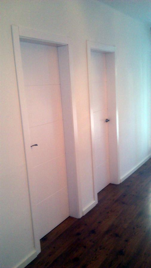 Foto puertas y parquet de totfusta 384562 habitissimo for Puertas y parquet