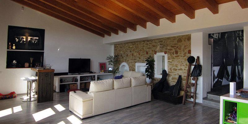 Foto raddi arquitectes rehabilitaci n antiguo corral - Rehabilitacion de casas antiguas ...