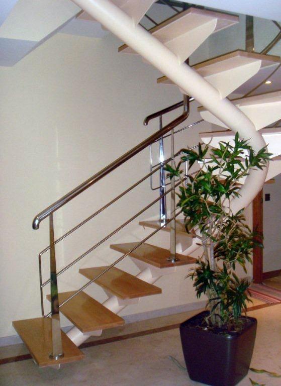 Foto realizaci n de escalera en duplex de a c orope s a for Escaleras de duplex