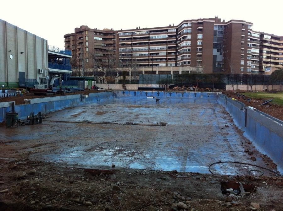 foto realizacion de piscina en colegio agustinos de