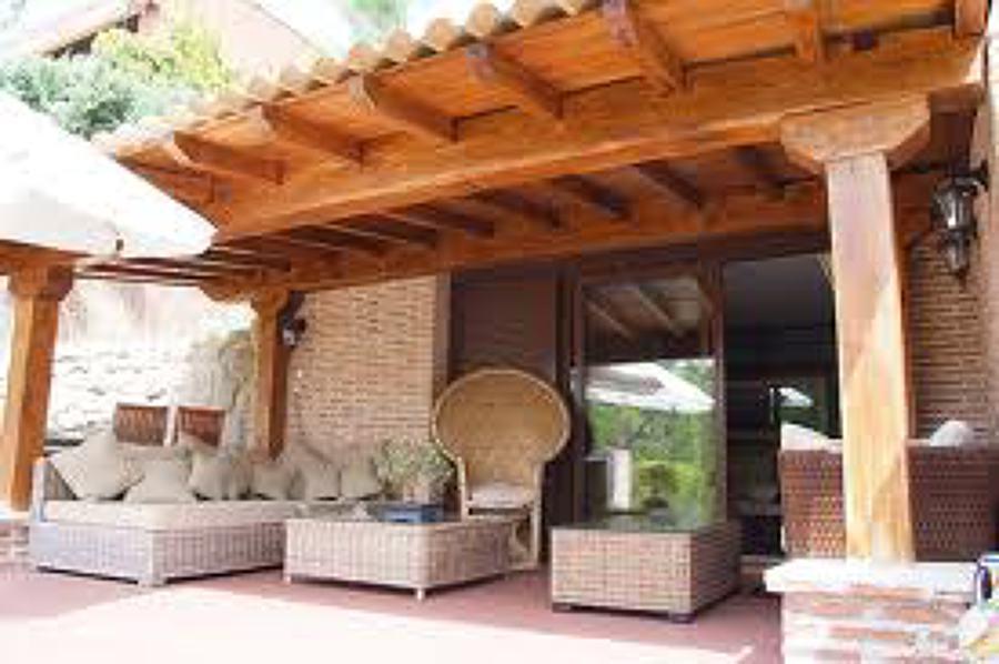Foto realizacion de porche en madera y estancias de - Construccion de porche de madera ...