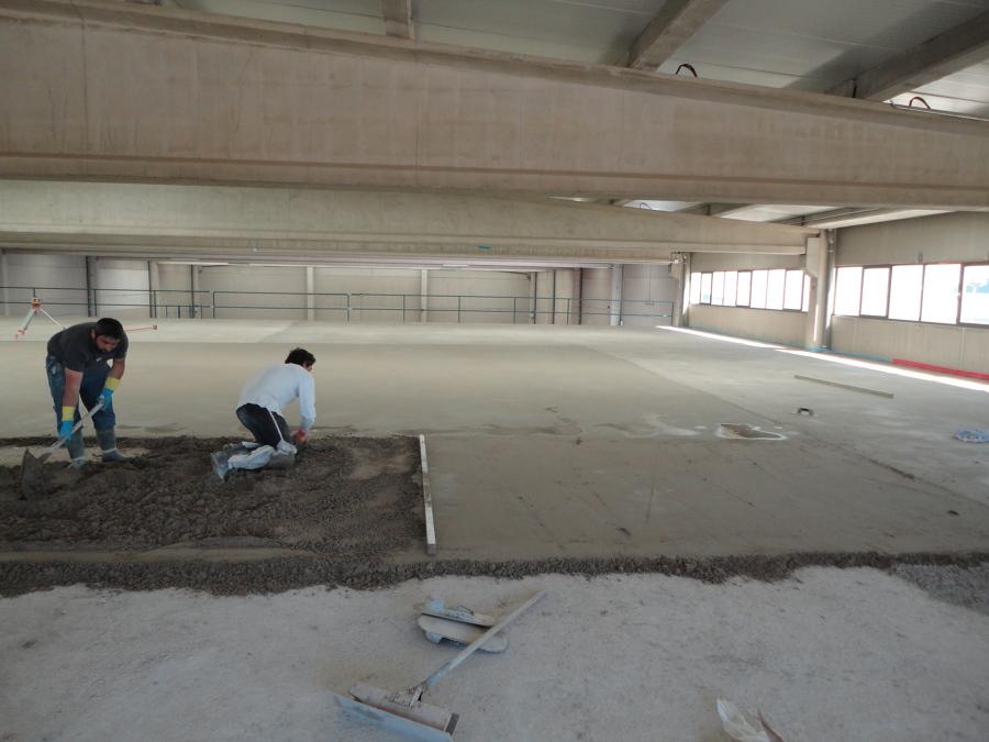 Foto recrecido de soporte con mortero de cemento de for Mortero de cemento