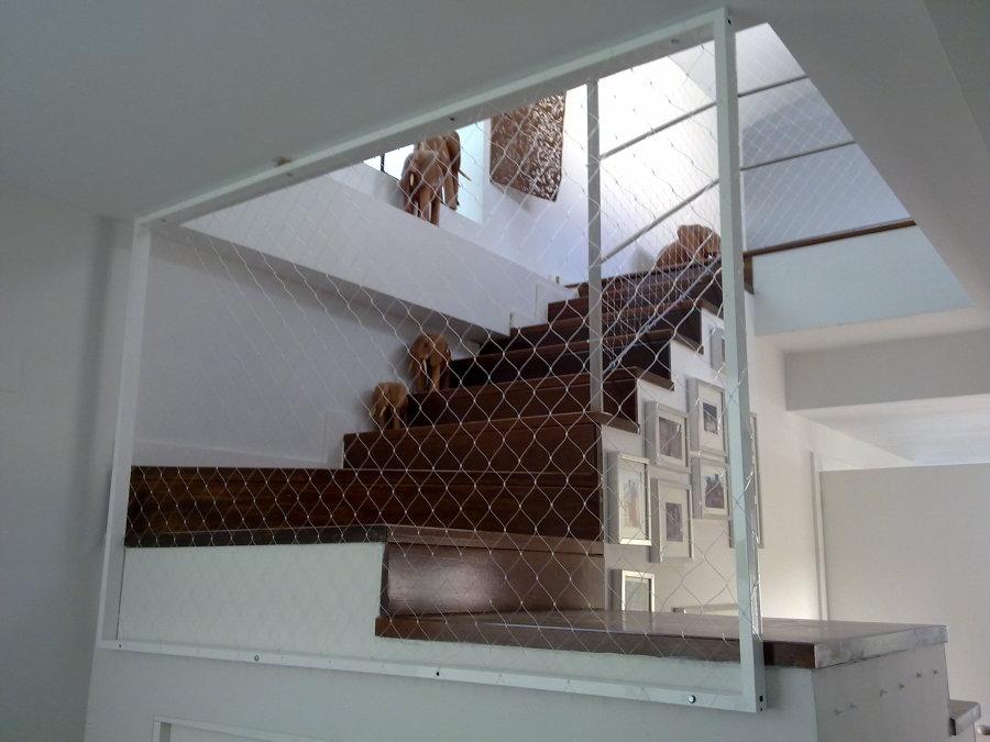 Foto redes de proteccion para escaleras de zinak 619978 - Proteccion escaleras ninos ...