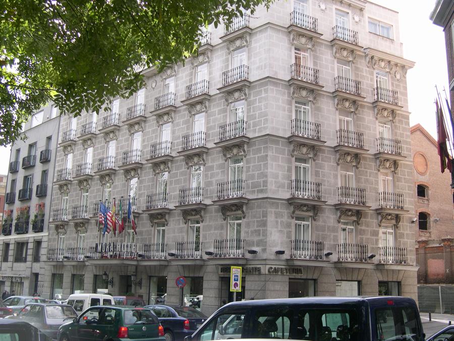 Rehabilitación Hotel Mora