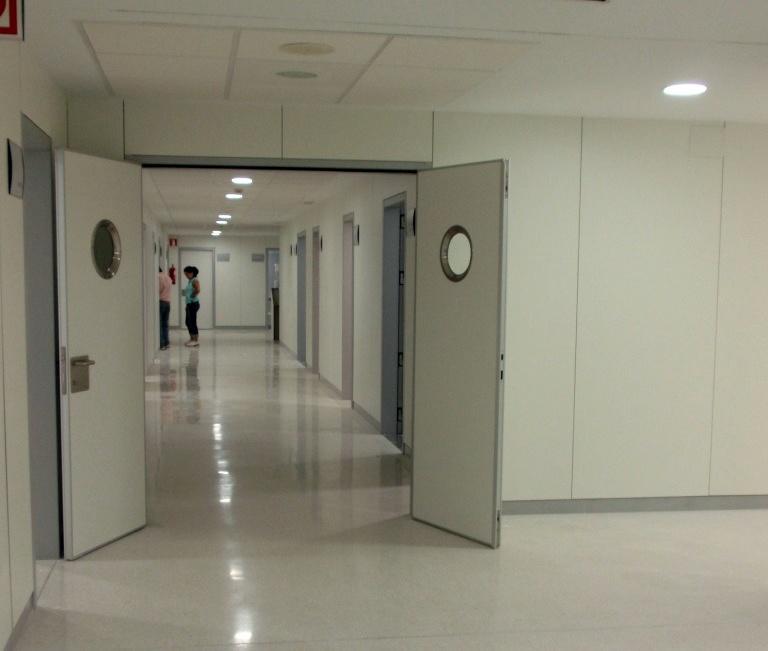 Foto ref y reh medicina nuclear hospital carlos haya for Piscina ramirez granada
