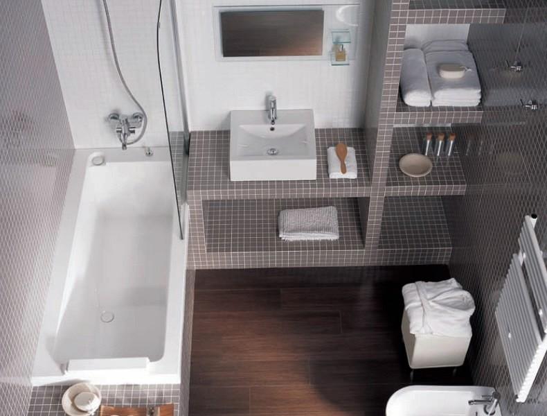 Reforma Baño Infantil:Reforma baño con estanterias de obra
