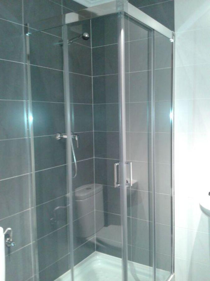 Foto reforma de ba o de saneamientos damar 539004 for Reforma bano logrono