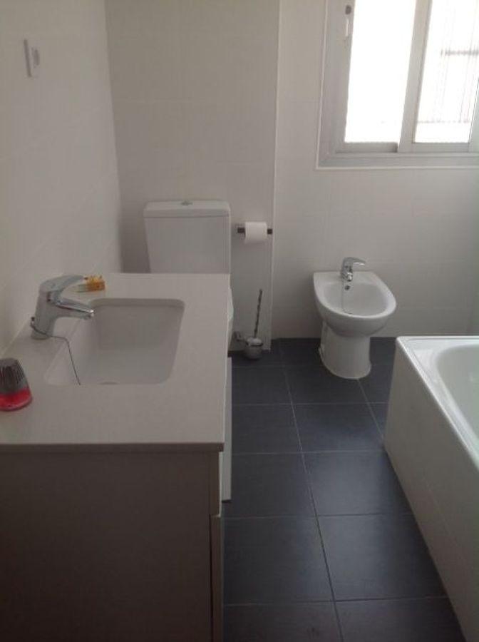 Reforma Baño Navarra:Reforma integral de cuarto de baño en calle serranosSustitución de