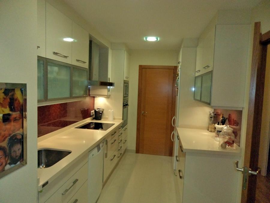 Reforma de cocina en Av. Finisterre nº 25