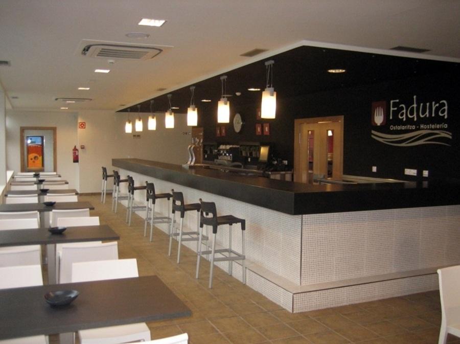 Foto reforma de locales de hosteler a y ludoteca en getxo - Decoracion locales hosteleria ...