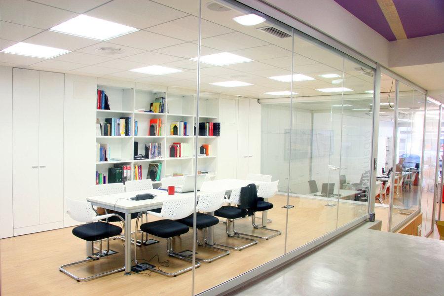 Foto reforma en oficinas en valencia biblioteca de acasa for Oficina valencia