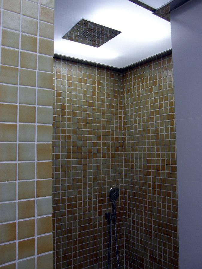 Reforma integral de una vivienda en Murcia-ducha