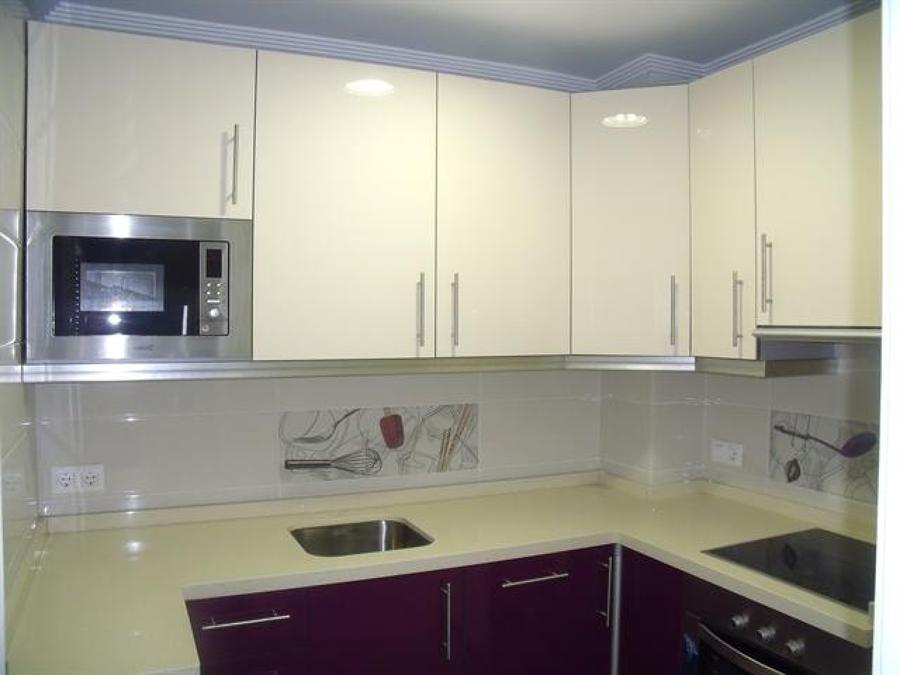 Foto reforma integral y amueblamiento de cocina de for Amueblamiento de cocinas