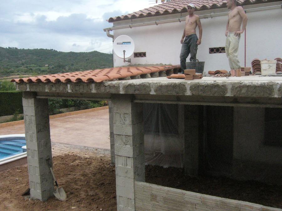 Foto reformas tarragona terazas tejado de tot construk for Casa minimalista tarragona