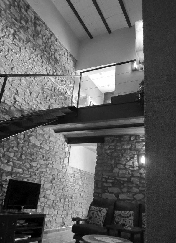 raddi ARQUITECTES Rehabilitación de almacén para adaptarlo a vivienda unifamiliar