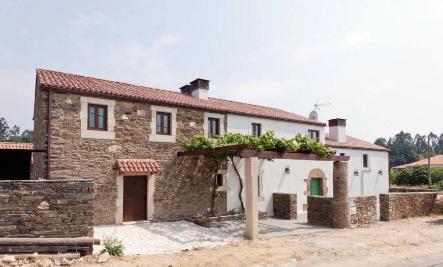 Foto rehabilitaci n de casa tradicional gallega de - Casas de piedra gallegas ...
