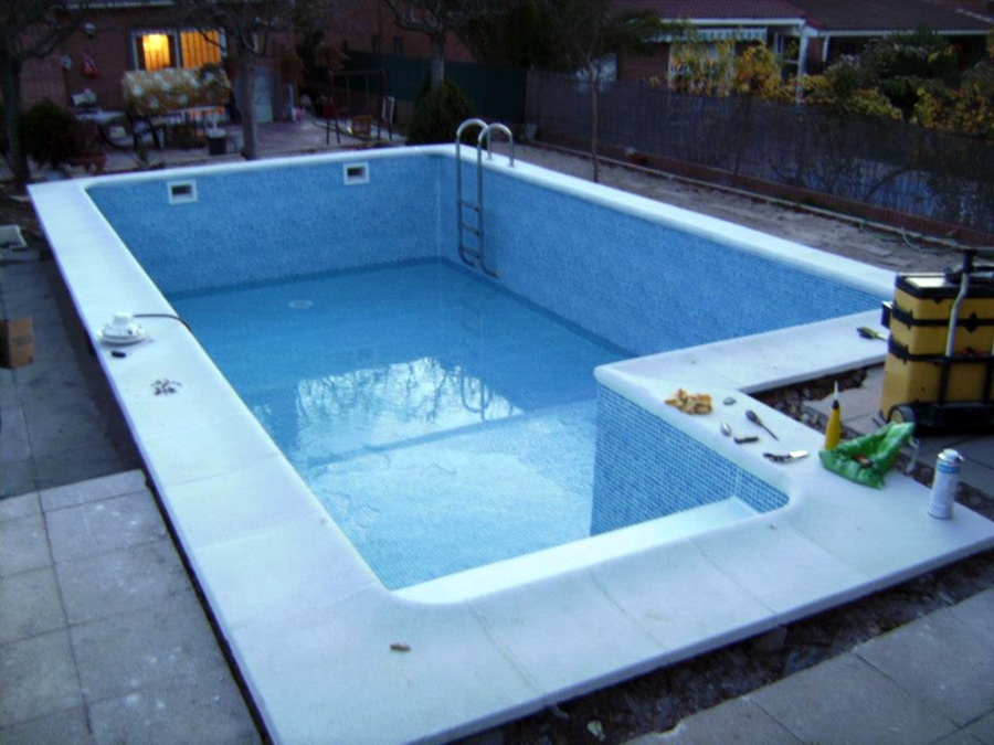 Foto rehabilitaci n piscina con l mina armada alkorplan for Rehabilitacion en piscina