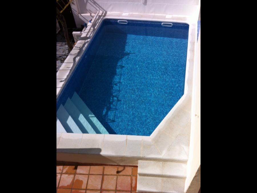 Foto rehabilitaci n piscina en pinto de radu marin for Rehabilitacion en piscina
