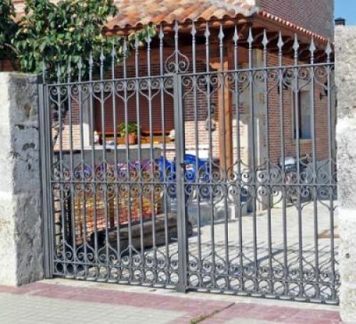 Foto rejas portones de construccion y montajes oscar for Rejas y portones