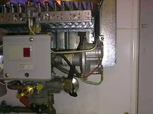 Foto reparacion calentador de gas natural de - Calentador gas ciudad ...